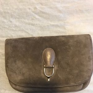 Vintage Gucci taupe small suede clutch